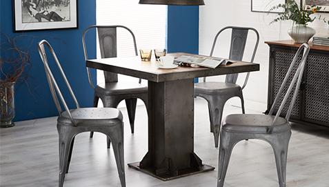 Tavolo Industriale Quadrato : Tavolo da pranzo quadrato di metallo in stile industriale avara